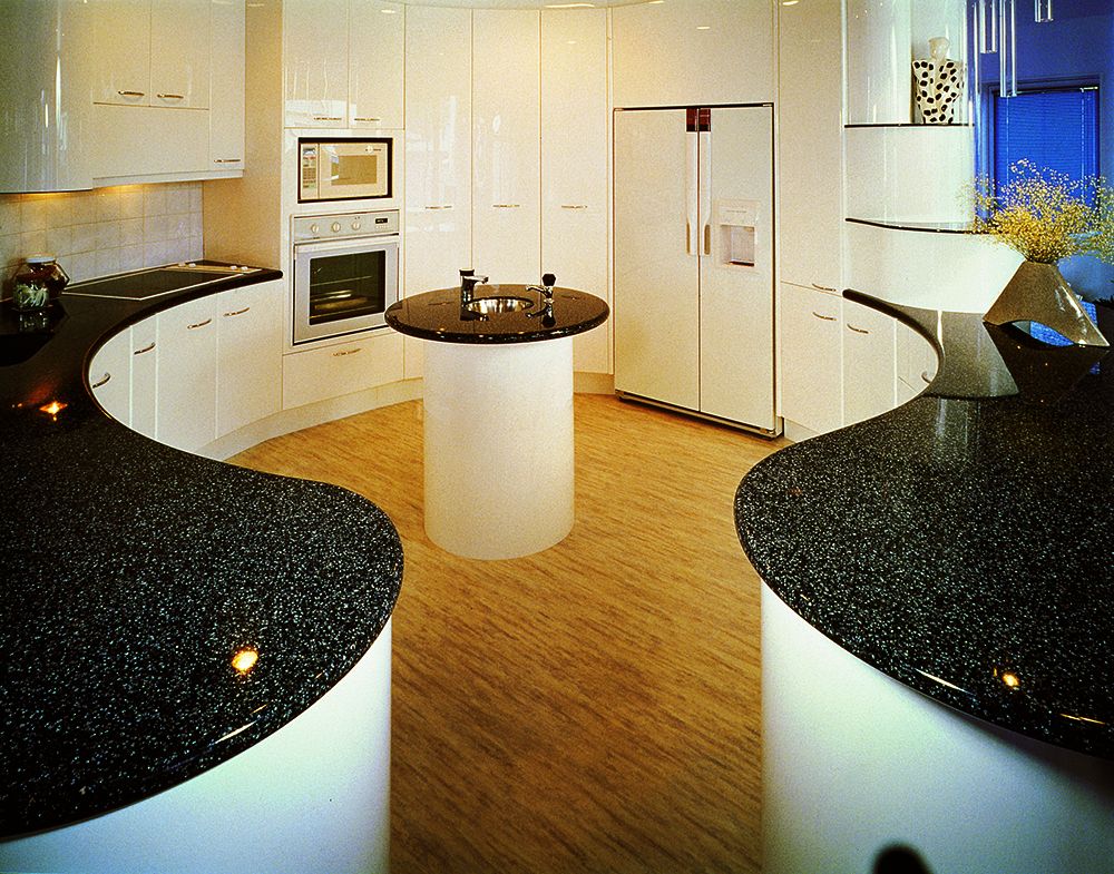 Kitchens dfmk solid surface milton keynes for Avonite sinks