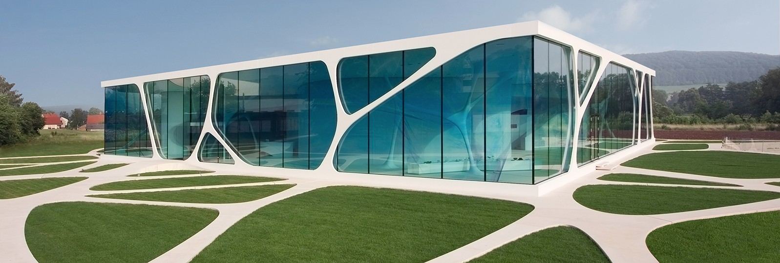 hi-macs leonardo glass cube germany exterior cladding white
