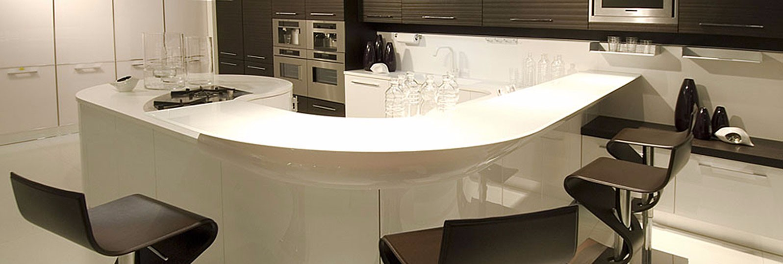 hi-macs-white-curves-kitchen